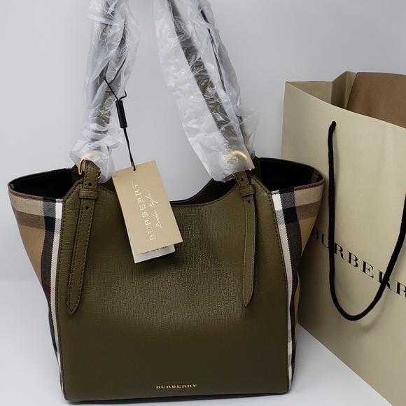 f0e1d1d4db36 Brand New with Tag Burberry Tote Bag